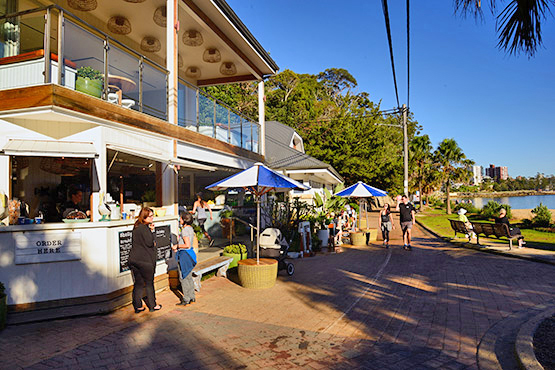 Boat Shed cafe and restaurant at Shelly Beach, Manly