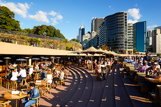 Restaurants And Cafes Near Circular Quay And The Sydney