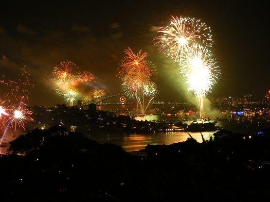Sydney Harbour fireworks on New Year's Evev 2009